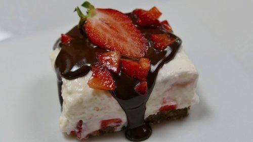 Berry Cheesecake Cube mit Schokoschock