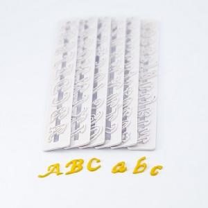 Buchstaben und Ziffern Ausstecher