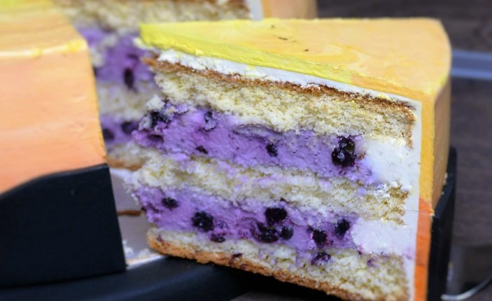 Heidelbeer-Sahne | ideale Sahnefüllung für eure Torten
