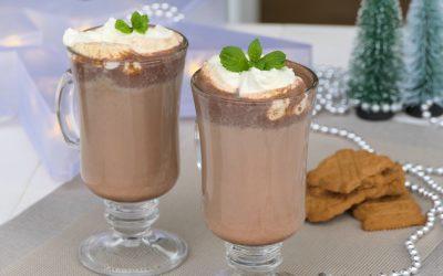Heiße Schokolade mit Minze